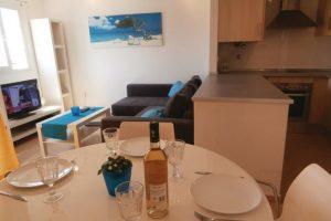 Living Area - Apartment #190546