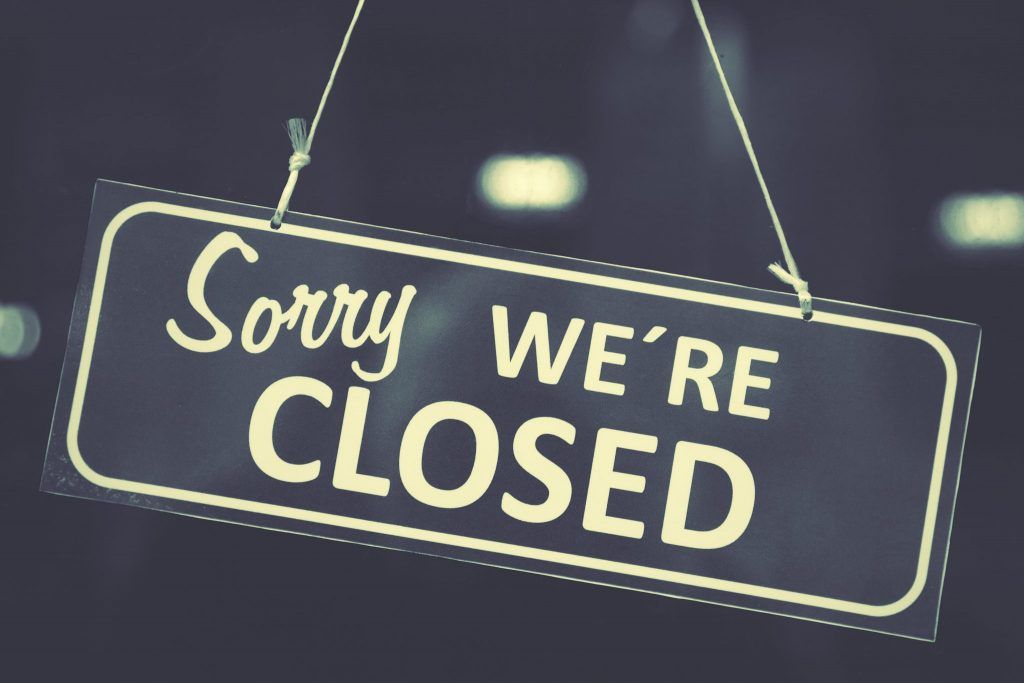 Business Closes at Condado de Alhama